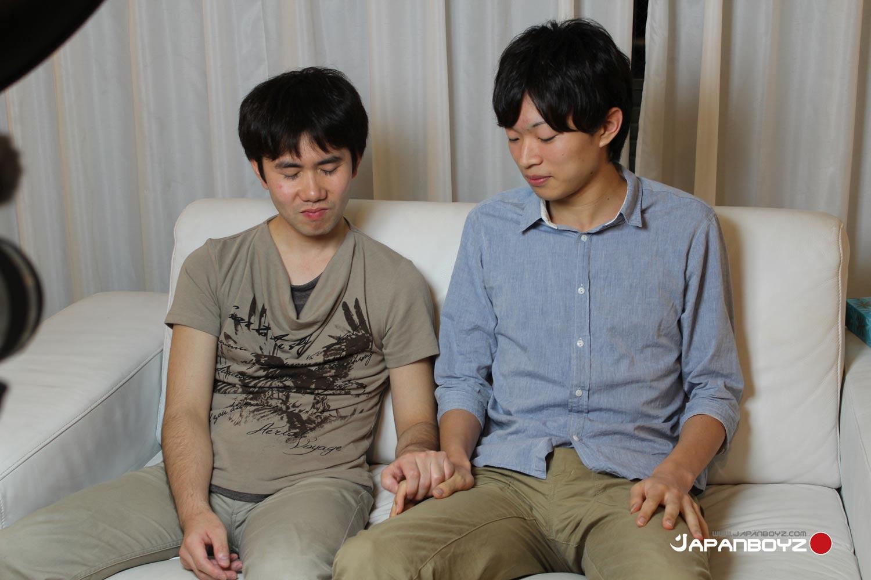 JapanBoyz-Nobu-and-Hira-Japanese-Boys-Sucking-Big-Asian-Cocks-Amateur-Gay-Porn-01.jpg