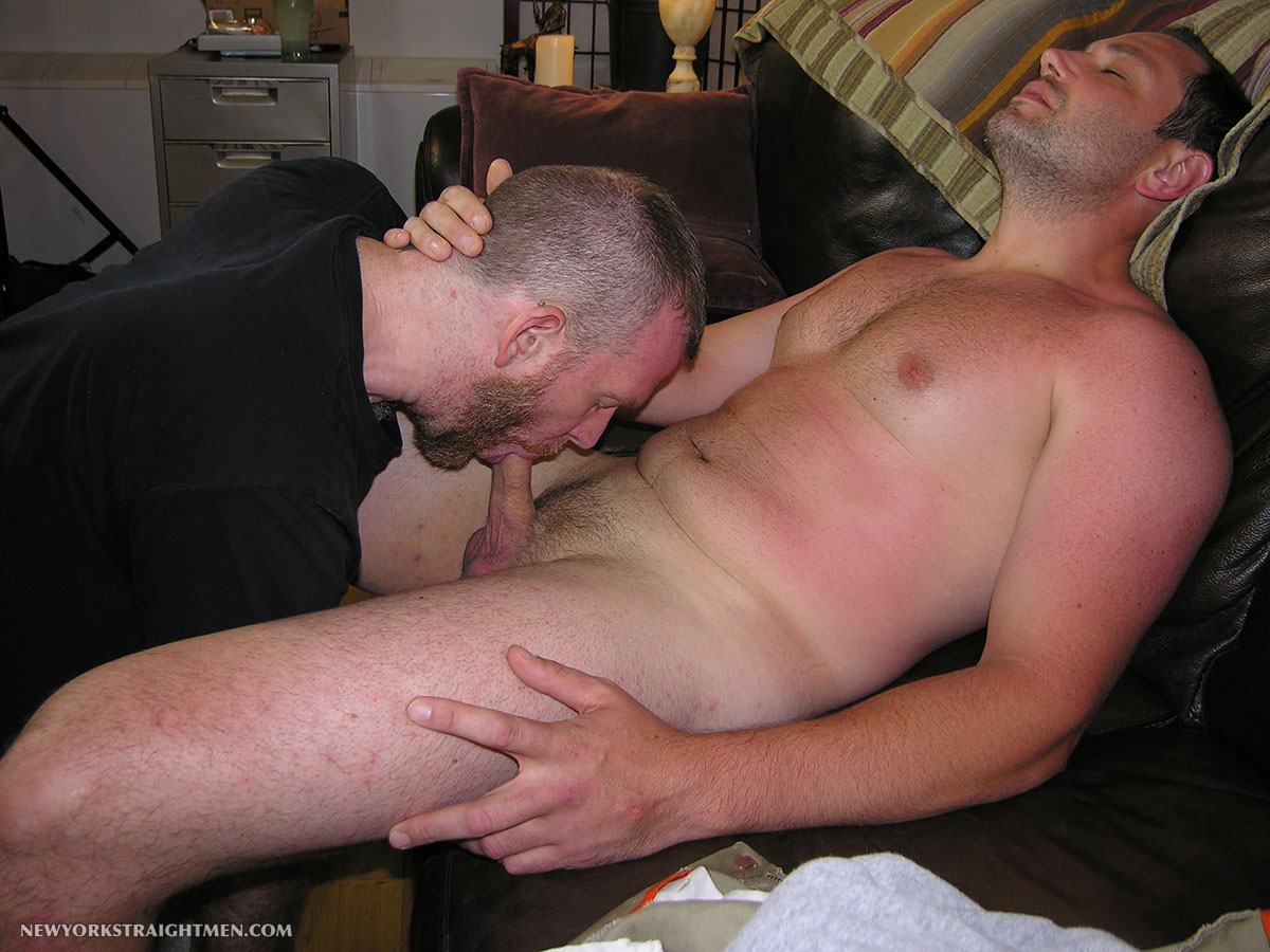 Amateur gay blow job