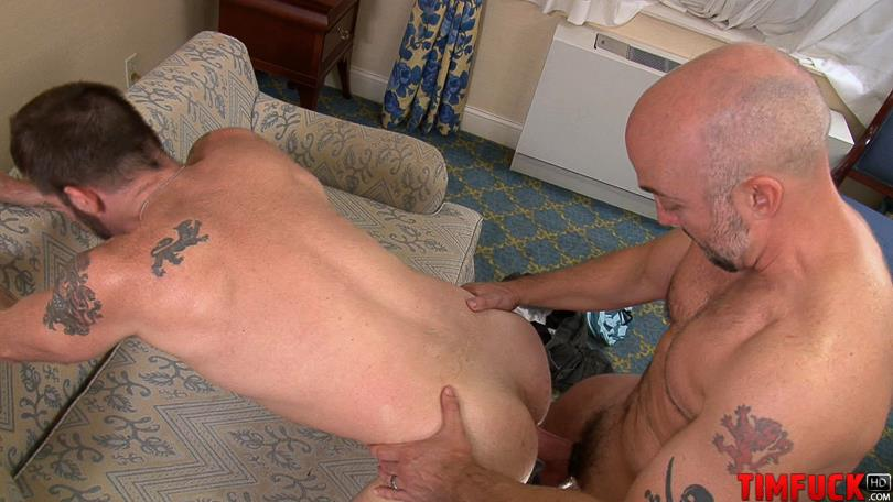 Treasure-Island-Media-TimFUCK-MORGAN-BLACK-and-BRAD-MCGUIRE-bareback-breeding-Amateur-Gay-Porn-5.jpg