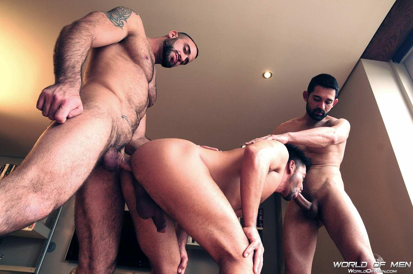 Gay xxx taking the manstick pump off of