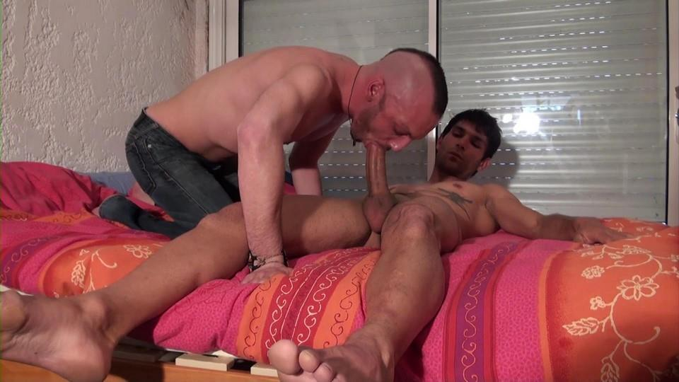 French-Dudes-Niko-Corsica-and-Matt-Surfer-Mohawk-Guy-Fucked-By-Thick-Uncut-Cock-Amateur-Gay-Porn-03 Mohawk Dude Takes A Thick Uncut Cock Up The Ass