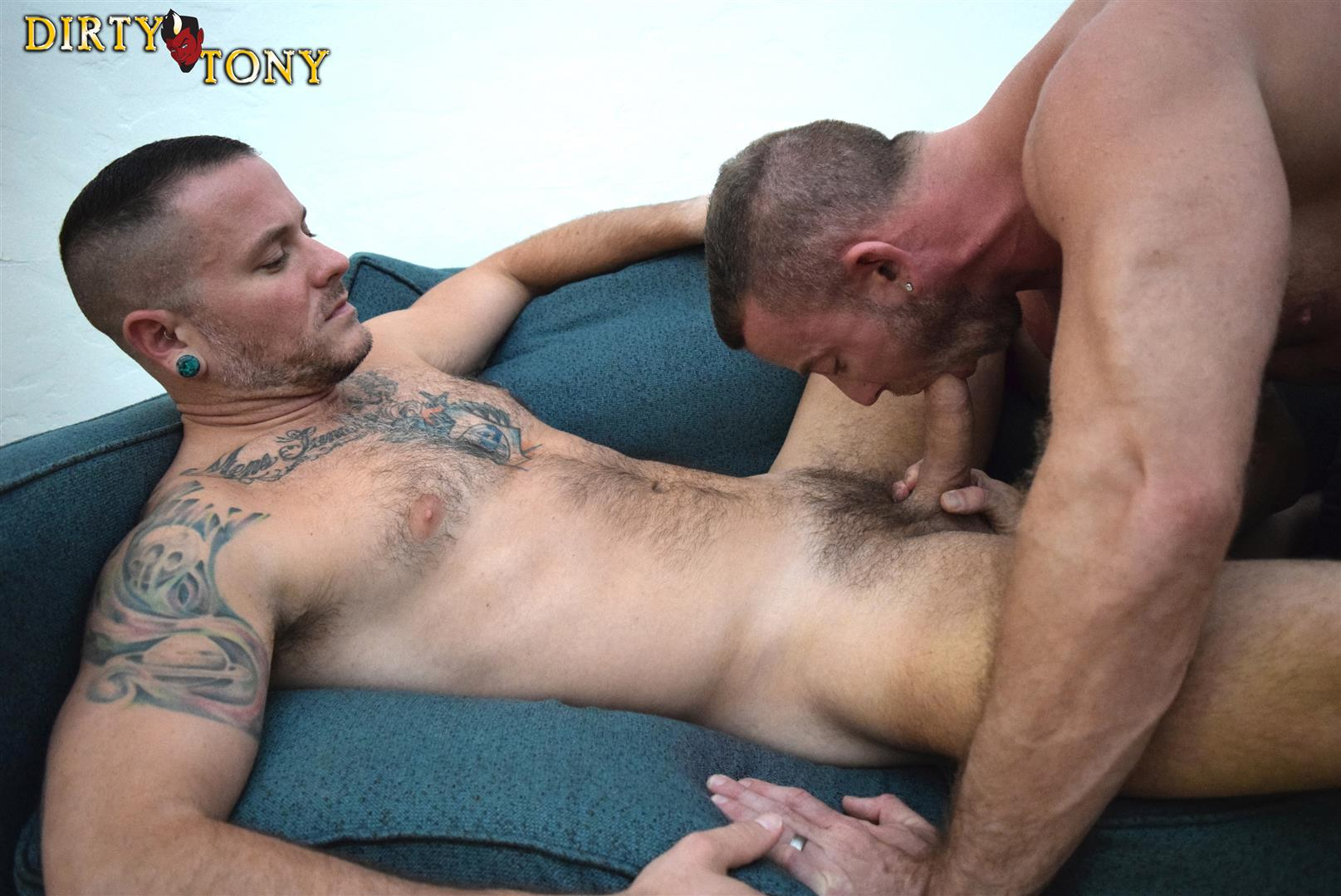 Dirty-Tony-Shay-Michaels-and-Max-Cameron-Hairy-Muscle-Hunk-Bareback-Amateur-Gay-Porn-07 Hairy Muscle Hunk Shay Michaels Barebacking Max Cameron