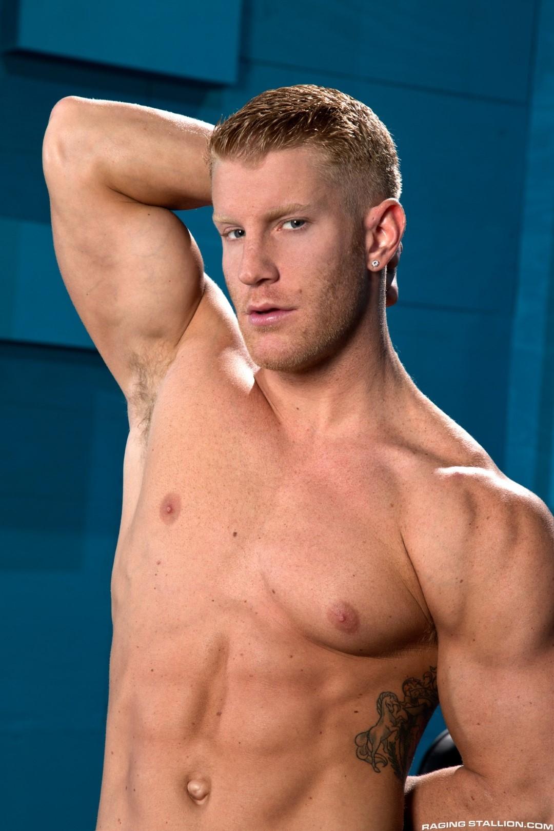 Raging-Stallion-Johnny-V-and-Jaxton-Wheeler-Hairy-Muscle-Hunk-Fucking-Amateur-Gay-Porn-01.jpg