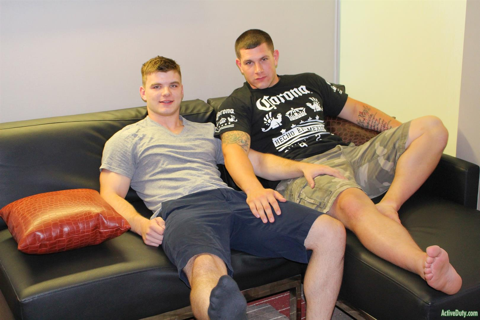 Active-Duty-Jeremy-Diesell-and-Ivan-Muscular-Army-Guys-Barebacking-Amateur-Gay-Porn-03 Straight Muscular Army Buddies Sharing A First Time Bareback Fuck