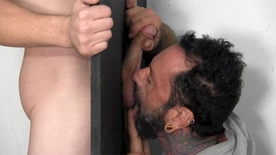 Straight-Fraternity-Donny-Forza-Straight-Guy-Getting-Sucked-Through-Gloryhole-Amateur-Gay-Porn-07 Donny Forza Gets His Big Dick Sucked Through A Gloryhole