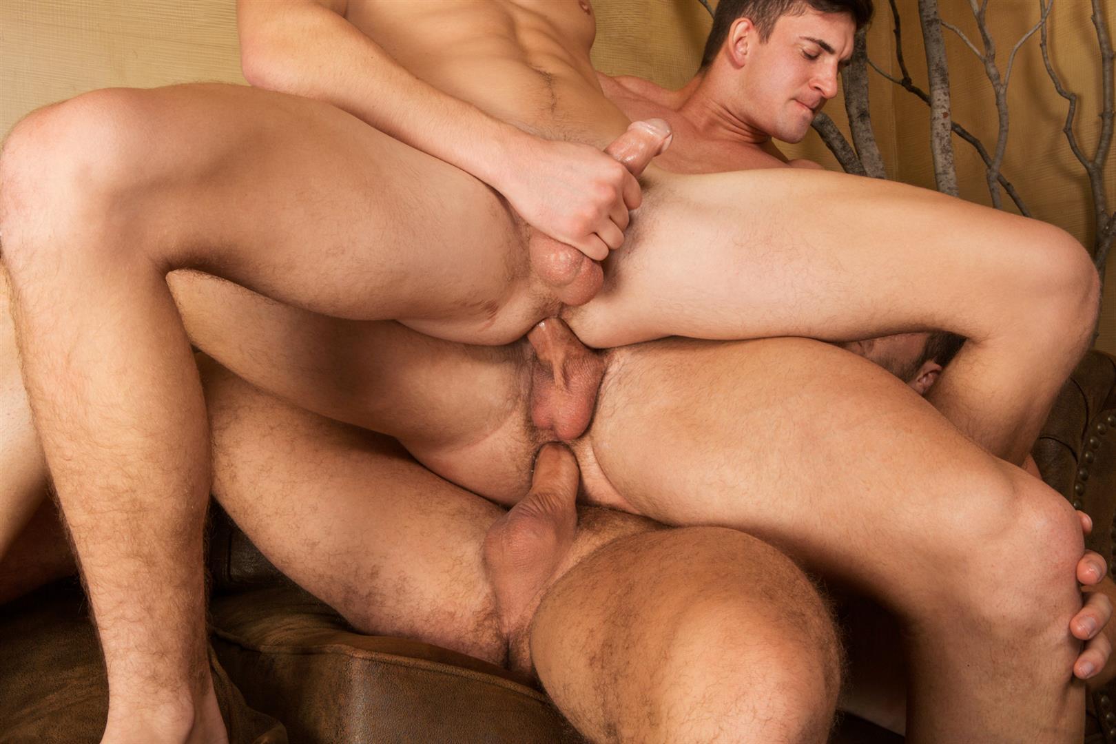 Sean-Cody-Winter-Getaway-Day-2-Big-Dick-Hunks-Fucking-Bareback-Amateur-Gay-Porn-24 Sean Cody Takes The Boys On A 8-Day Bareback Winter Getaway